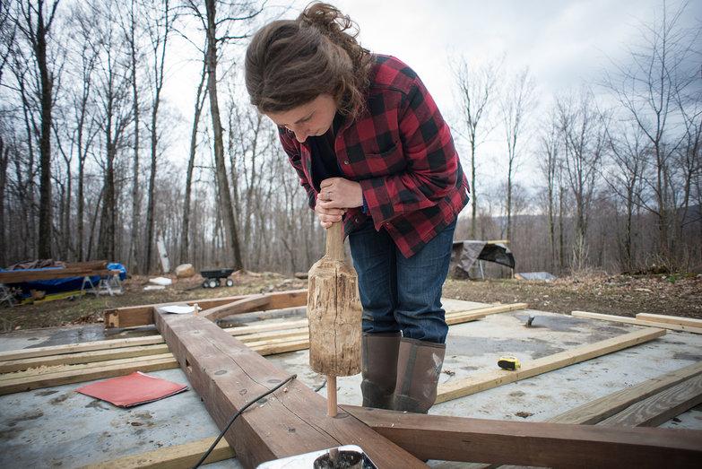 Tara Driving Peg in Cottage Timber Frame