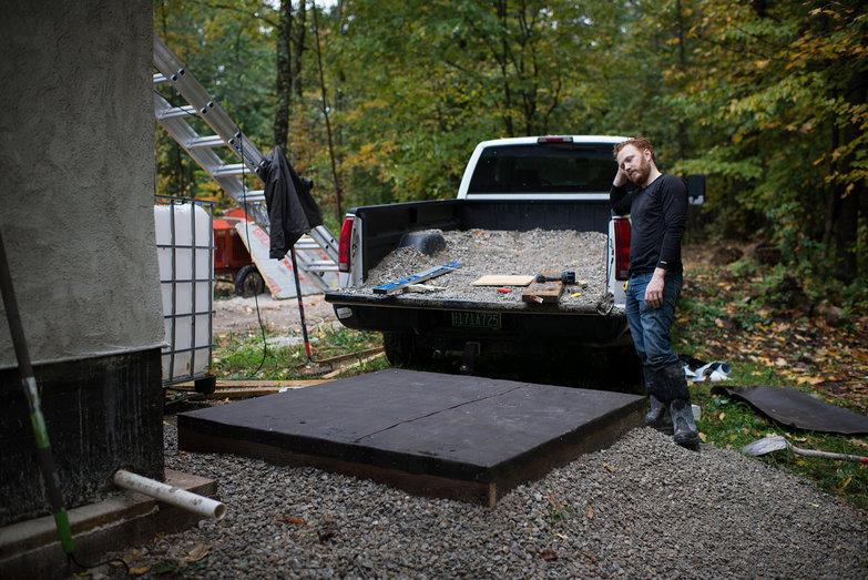 Tyler & Platform for Cistern