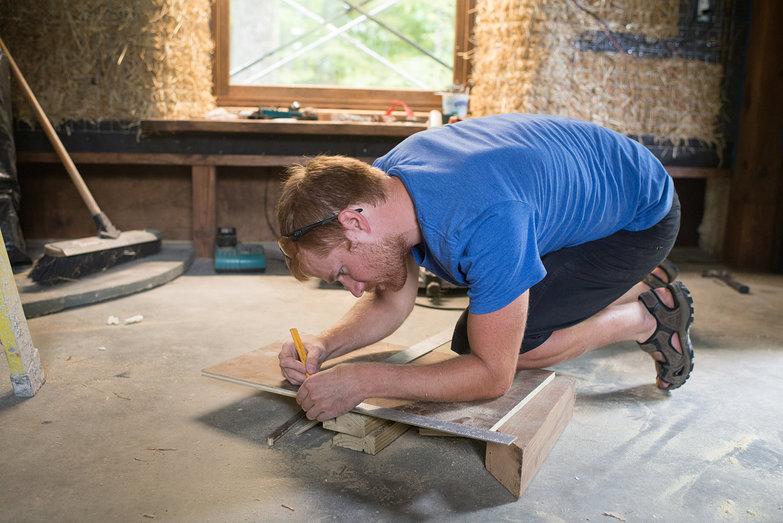 Carl Measuring Veneer Plywood for Pony Wall Nook