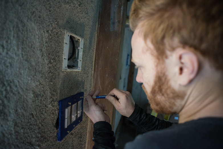 Tyler Affixing Switchplate