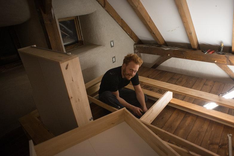 Tyler Assembling Ikea Mandal Bed