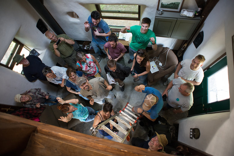 Going Slowly Strawbale Workshop 2015: House Party