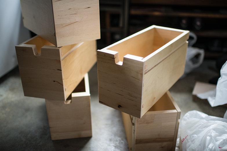 Assembling Ikea Table Drawers