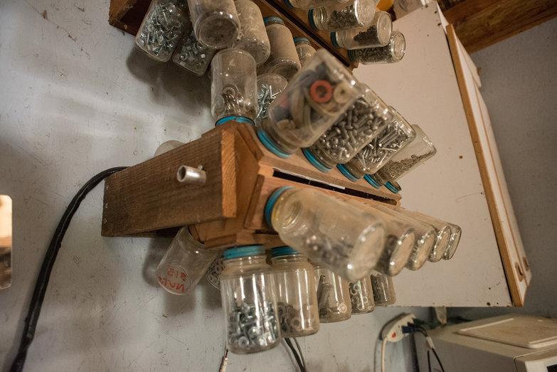 Rotating Glass Bottle Screw Storage