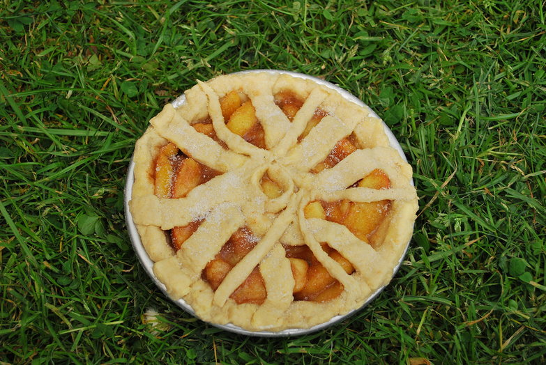 Bicycle Wheel Pie: Unbaked