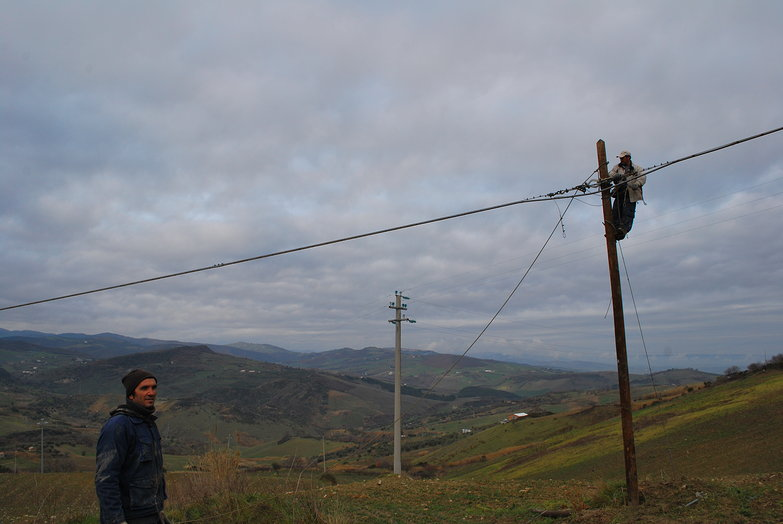 Italian Pole Climbers