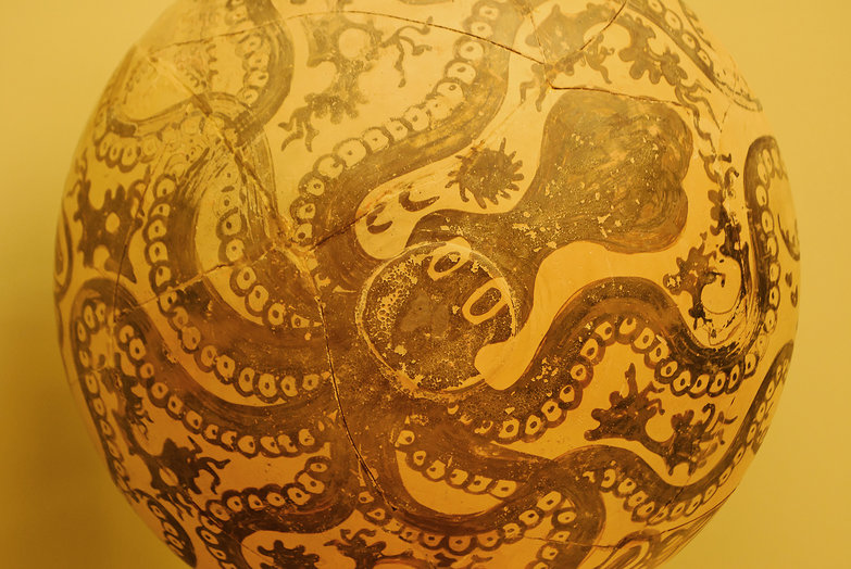 Minoan Octopus Pottery