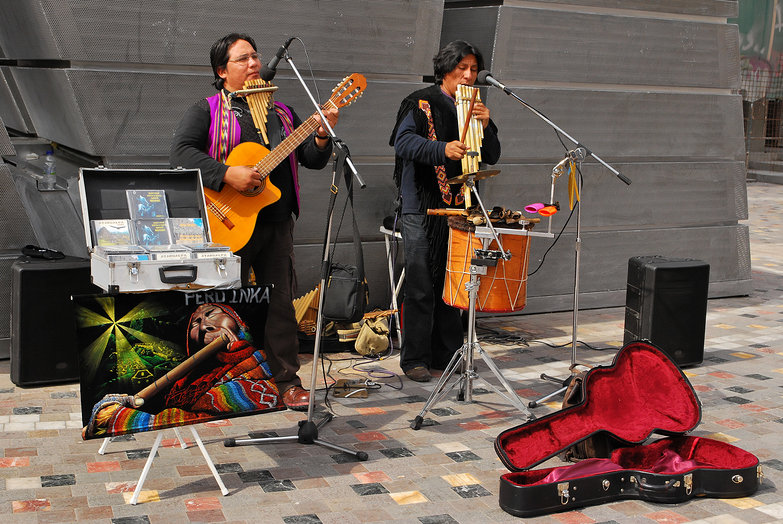 Peruvian Buskers