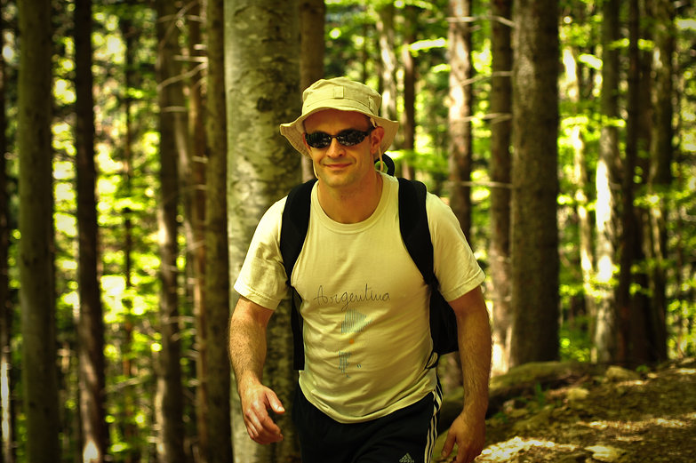 Jordi Hiking