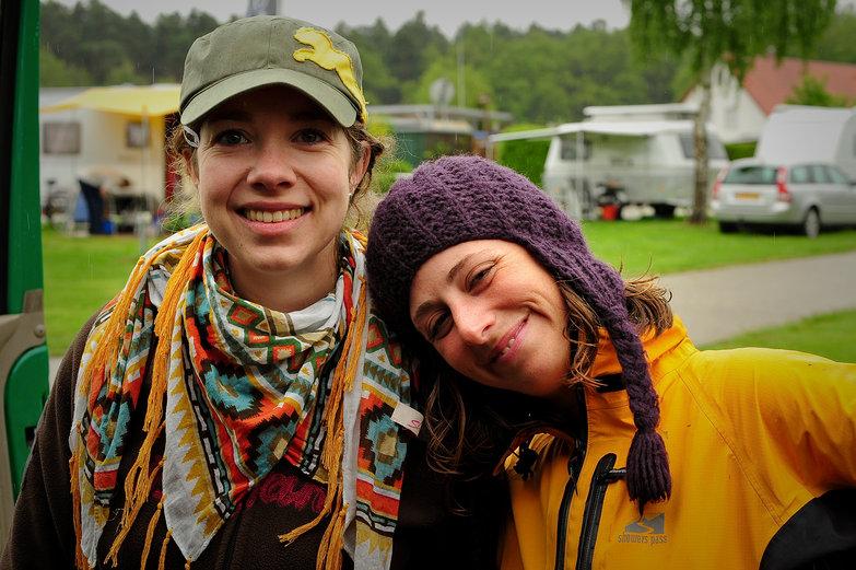 Nadine & Tara