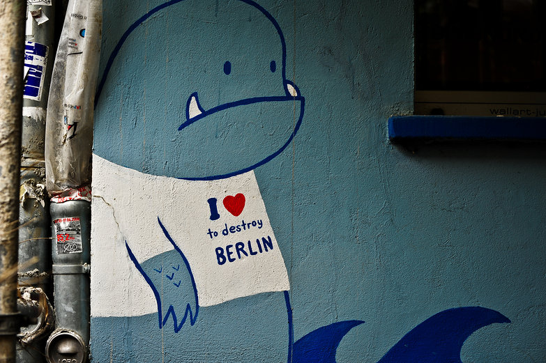 I (heart) to destroy BERLIN