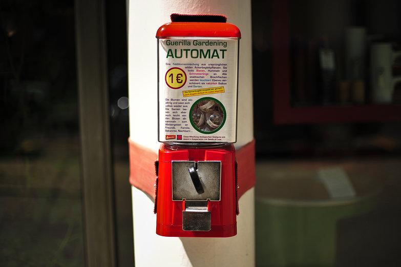 Guerrilla Gardening Automat