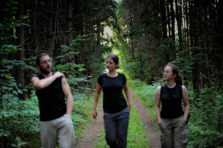 Tomas, Tara & Jurgita Walking