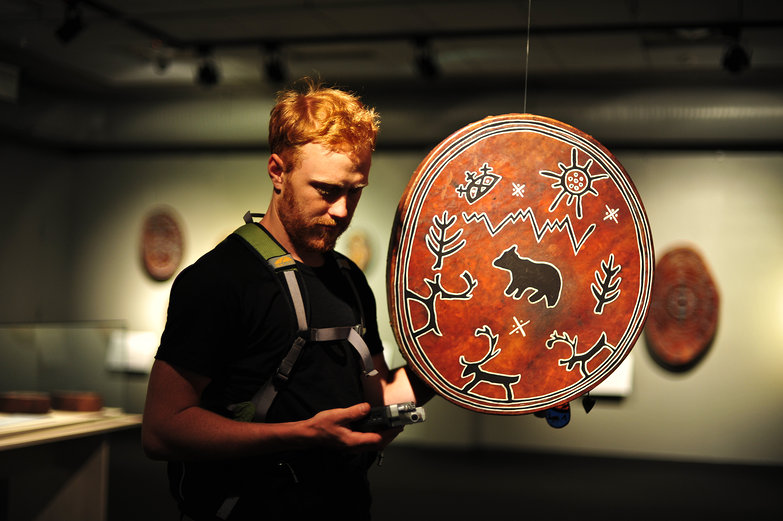 Tyler Recording Saami Drum