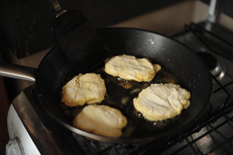 Syrniki Frying