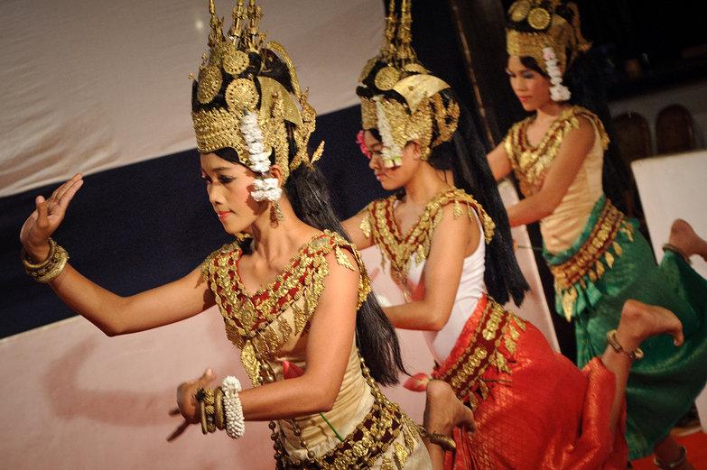 Krousar Thmey Apsara Dancers