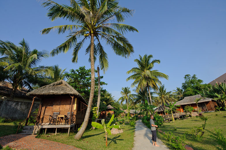 Moon Resort Beach Bungalows