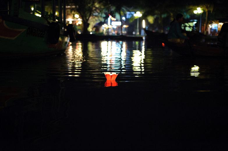 Hội An Lantern Festival Floating Lantern