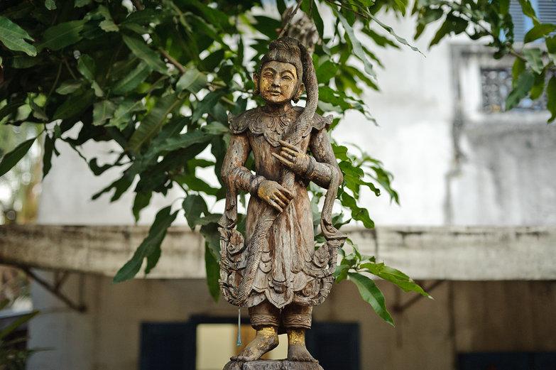 Luang Prabang Statue