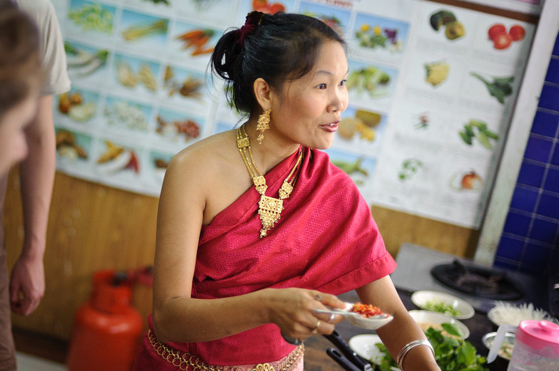 May Kaidee Teaching Cooking Class