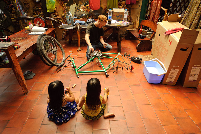 Tyler Disassembling Bikes (With an Audience)