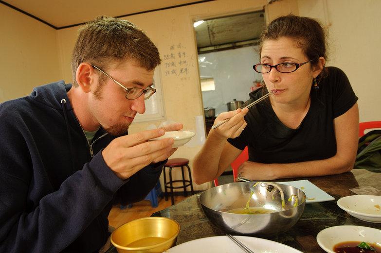 Jesse & Tara Eating