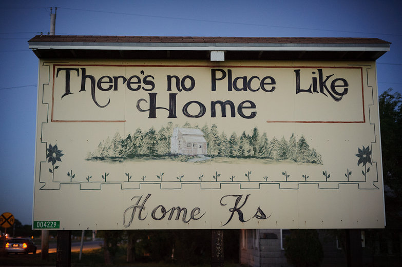 There's No Place Lie Home - Home, Kansas