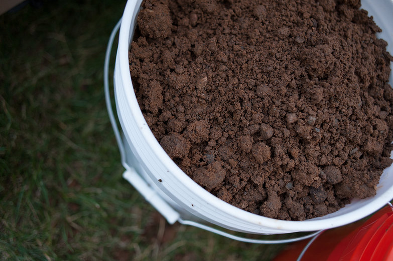 Bucket of Subsoil/Clay