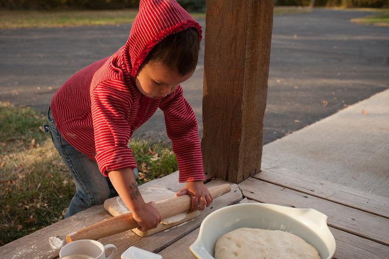 Brynn Rolling Pizza Dough