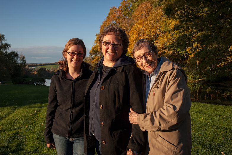 Tara, Lisa & Jeanne (Three Generations)