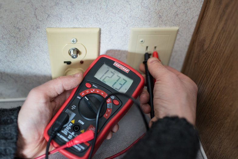 Tyler Testing Outlet w/ Multimeter