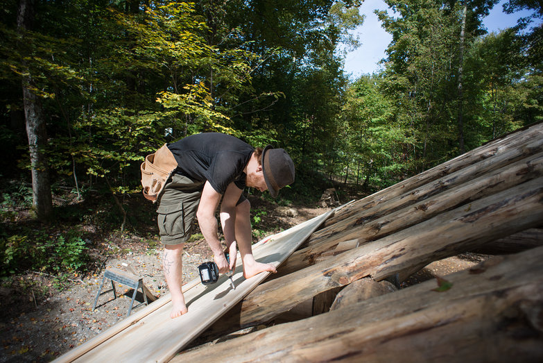 Tyler Laying Roof Decking